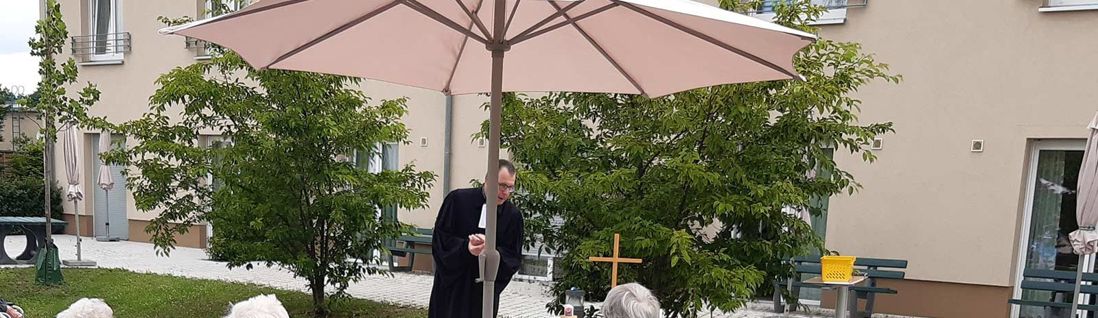 Haus-an-der-Rossel_Gottesdienst_slider